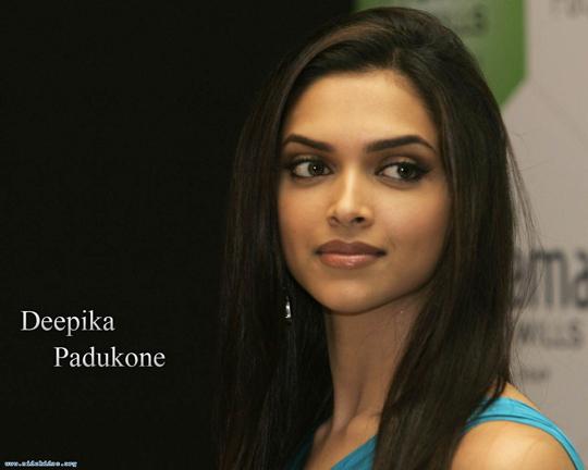 صورة اسماء اجمل الممثلات الهنديات