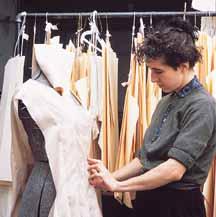 صورة الخياطة الجاهزة ملابس النسائية المنزلية تصميم وتفصيل