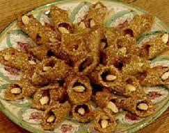 صورة حلويات جزائرية متنوعةبالعسل
