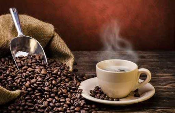 صورة تفسير حلم شرب القهوة السادة