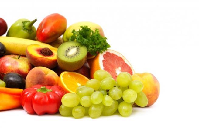 صورة متى يجب تناول الفواكه قبل او بعد الطعام
