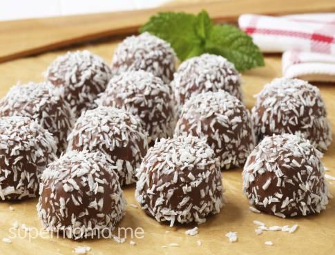 صورة حلويات بالشكولاطة من كتب مطبخ لالة