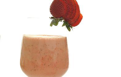 صورة عصير فراولة بالايس كريم
