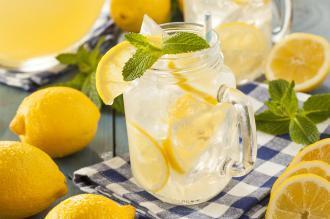 صورة طريقة تحضير عصير الليمون في المنزل