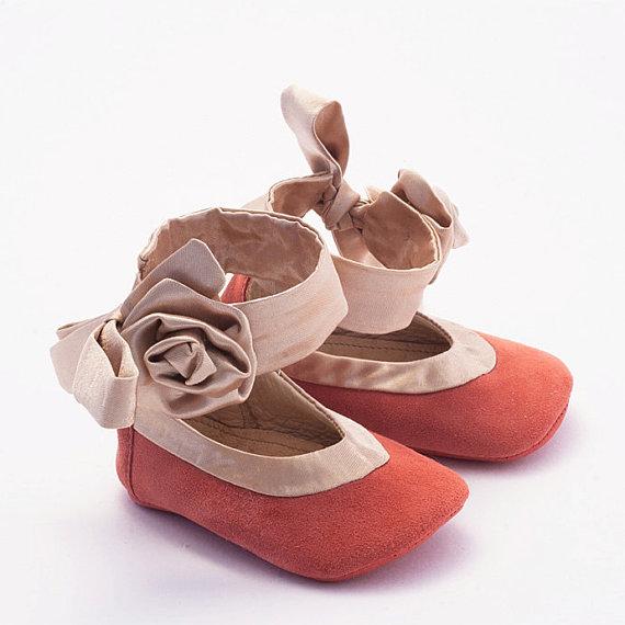صورة صور حذائات اولاد كبار