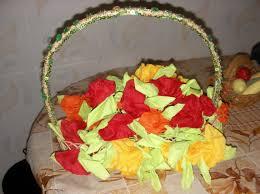 صورة طريقة طي المناديل الورقية للاعراس