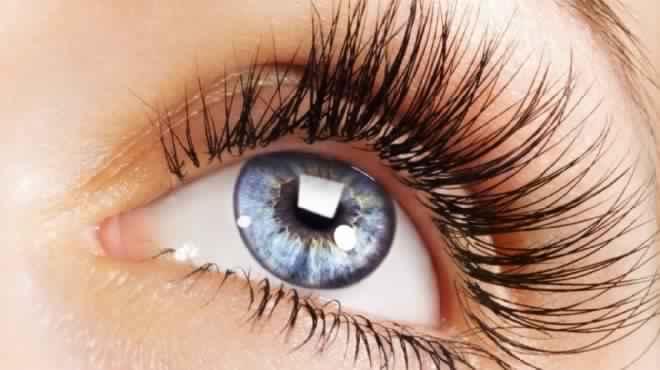 صور وصفات طبيعية لتصفية العين