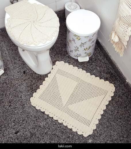 صورة تزيين الحمامات الضيقة بالكروشي