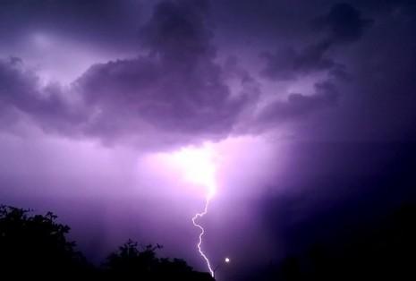صور رؤية البرق في المنام