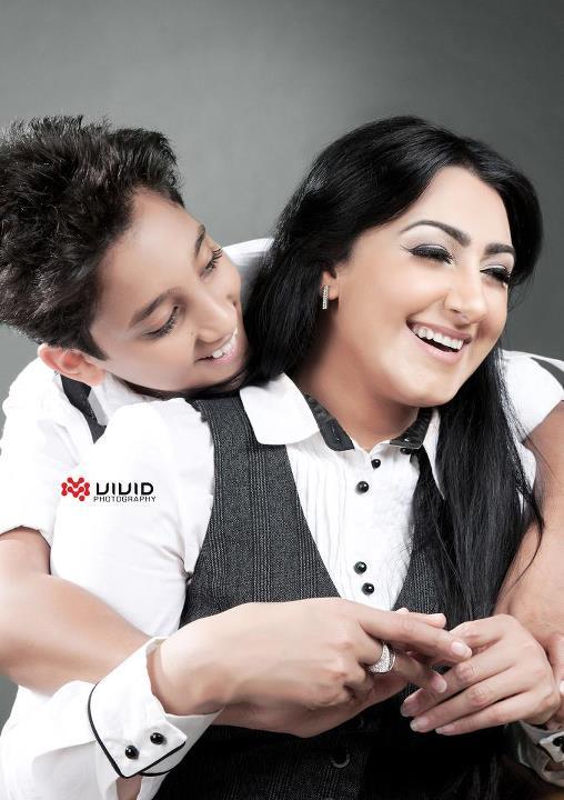 صورة ابن الممثلة هيفاء حسين